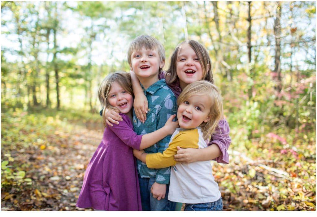 Fun Viles Arboretum Family Portraits | Kids group hug